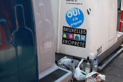 proppreté publique   bulles à verres